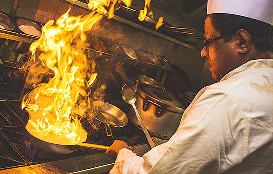 Bengal-Diner-Indian-Restaurant-Takesway-Colchester-Eating-Out-Dinner-Curry-Night-Indian-Food-Bar-Tandoori